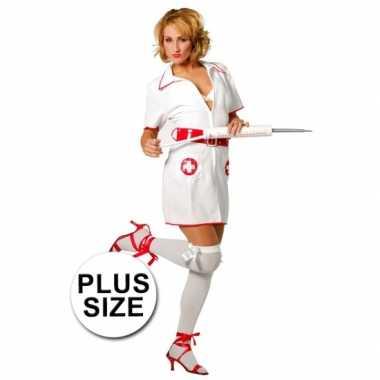Carnaval  Grote maten verpleegster kostuum