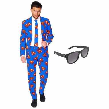 Carnaval superman heren kostuum maat (xxl) gratis zonnebril